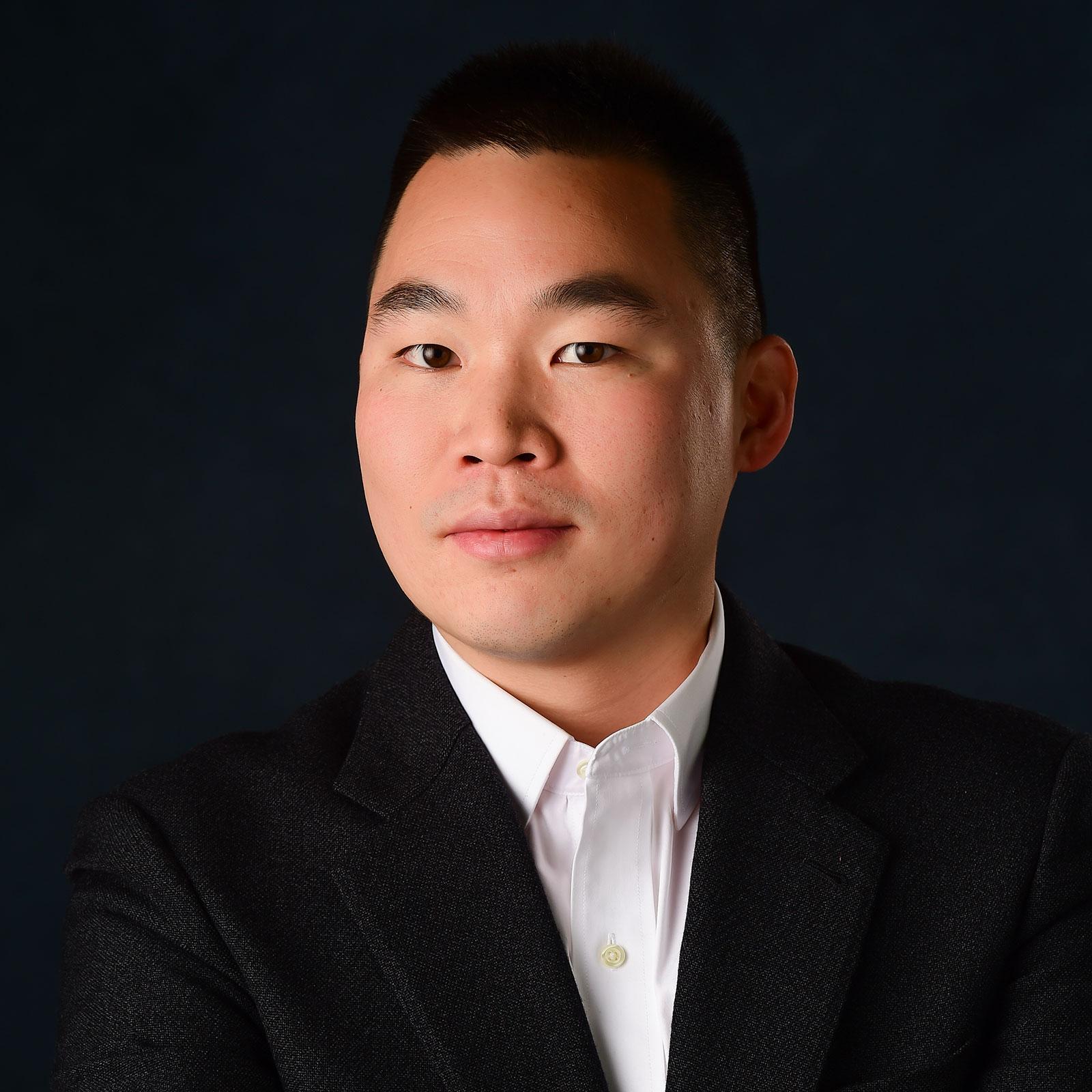Chun Leung headshot